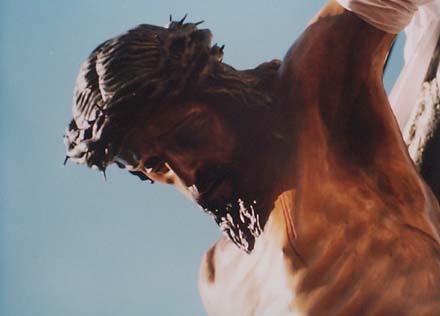 jesus-death-statue